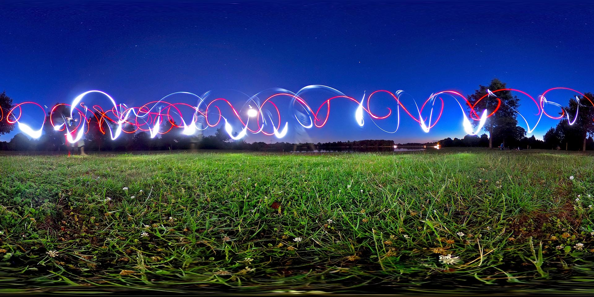 360 degrees light painting